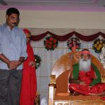 thumb_08-Main-Donor-Sri-Vadde-Sobhanadriswara-Rao,-Former-Miniser-is-blessed