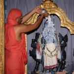 thumb_10-Abhishekam-with-Milk
